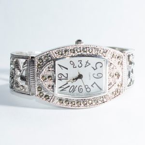 Accessories - Steel watch with Flower and Rhinestone Detail